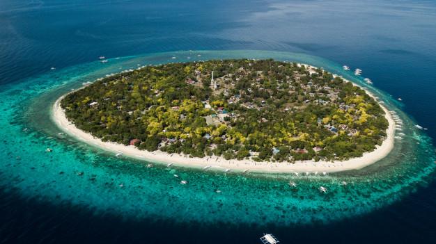 balicasag-island-isolated-island-philippines_139143-172